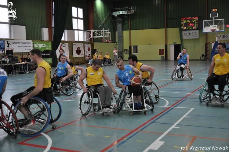 Kroki w koszykówce na wózkach